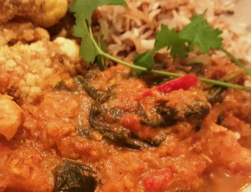 Chicken Curry with Spinach and Tomatoes